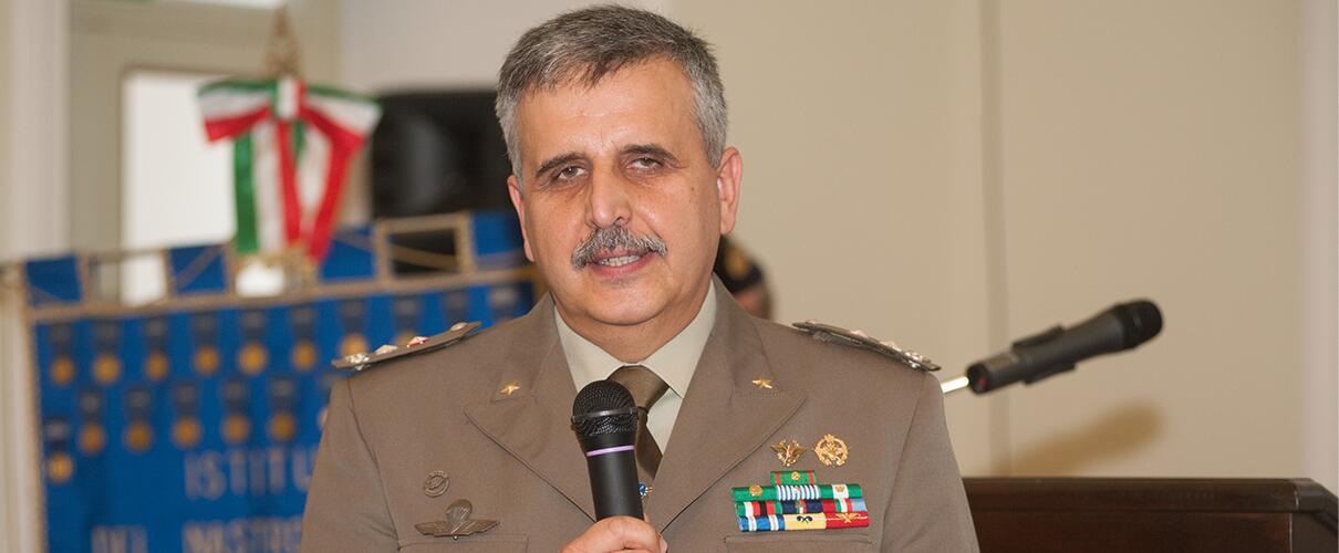 """Una vita per la Patria 2015 - Generale B. Cesare Alimenti - Comandante Comando Militare Esercito """"Emilia Romagna"""""""