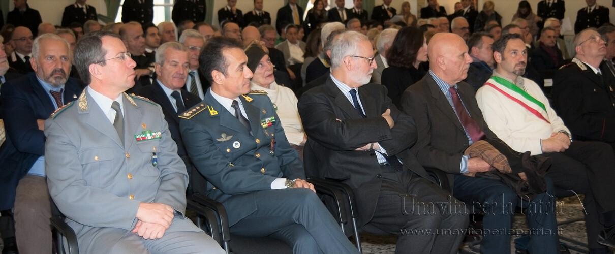 Una vita per la Patria 2016 - P.L. Fedele - Comandante Corpo Prov.le Forestale Parma, Col. Salvatore Russo - Comandante Prov.le Guardia di Finanza, Riccardo Piovesana Questore di Parma